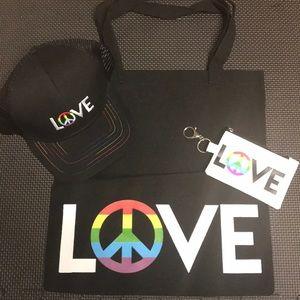 LOVE Bundle Hat/clutch/tote ❤️❤️❤️